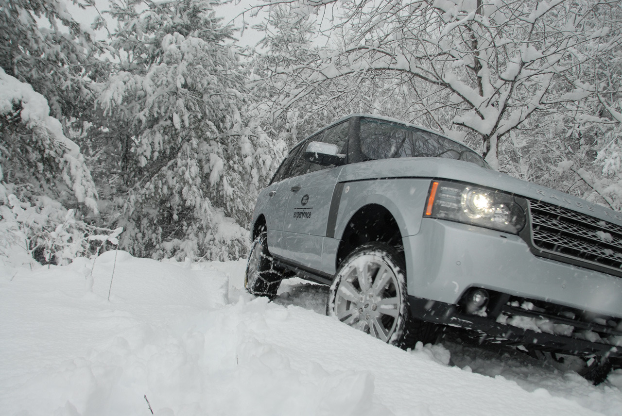 011-cars-in-snow-1-1